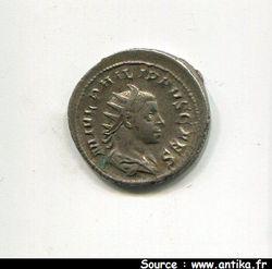 PHILIPPE II  247-249 AP JC - ANTONINIEN ROME 246 R/PRINCIPI IVVE